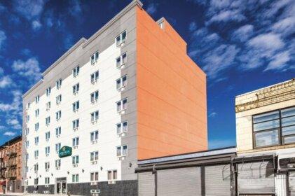 La Quinta Inn & Suites Brooklyn Central