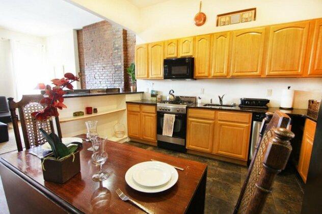 Lenox Ave Unit 4 by Luxury Living Suites- Photo4