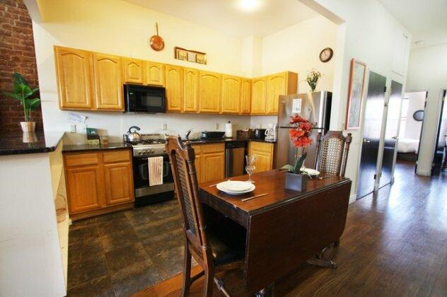 Lenox Ave Unit 4 by Luxury Living Suites- Photo5