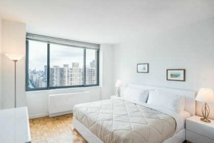 Lincoln Center Luxury Apartments