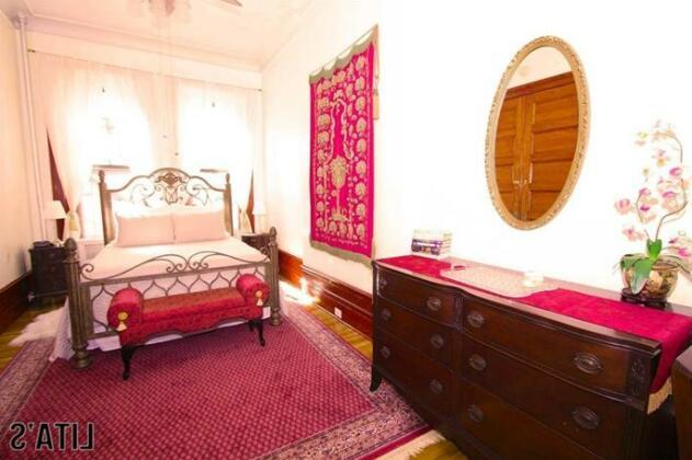 Lita's New York Apartments- Photo5