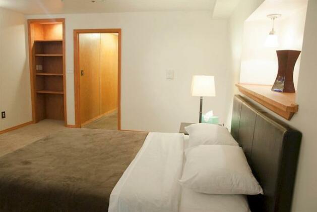 Luxury Suites Upper West Brownstone- Photo3