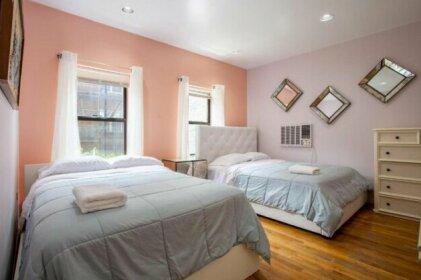 Midtown East Deluxe 2 Bedroom Apartment