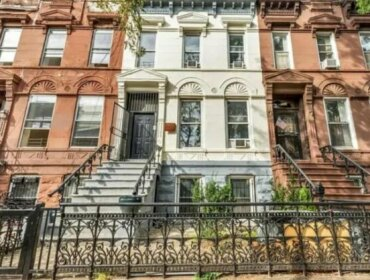 Modern Renovated Brooklyn Brownstone - 3min to subway
