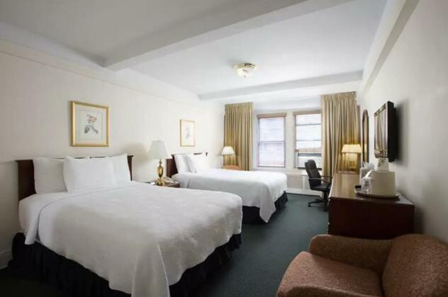 Salisbury Hotel- Photo5