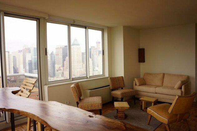 The Penthouse Organic & Modern in Times Square- Photo3