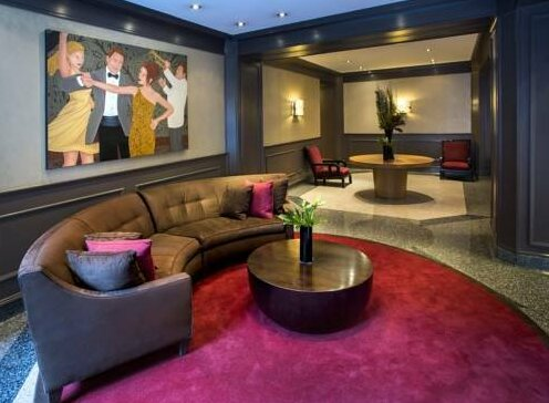 Times Square at Ritz Plaza - A Premier Furnished Apartment- Photo2