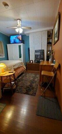 Tulsi's Cozy Studio