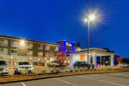 Holiday Inn Express Newberg - Wine Country