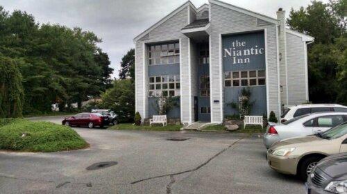 The Niantic Inn