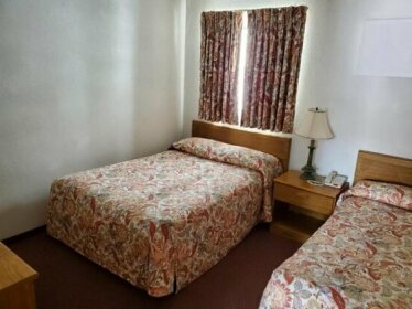 Ivanhoe Motel