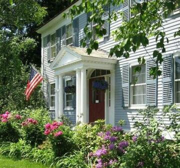 Centennial House Bed and Breakfast