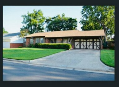 New Three Bedroom home 10 min to downtown OKC