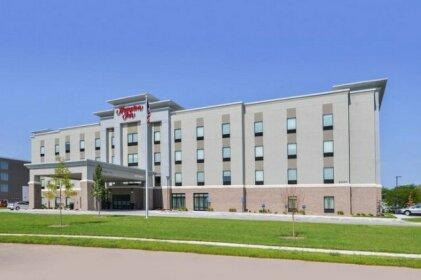 Hampton Inn By Hilton Omaha Airport Ia