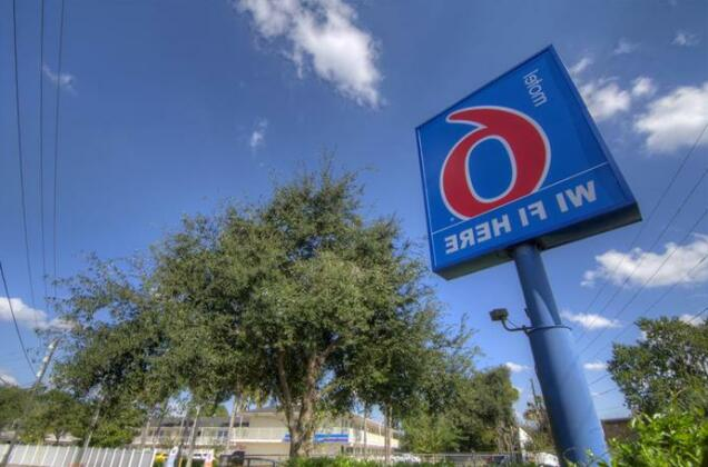 Motel 6 Orlando - Winter Park- Photo2