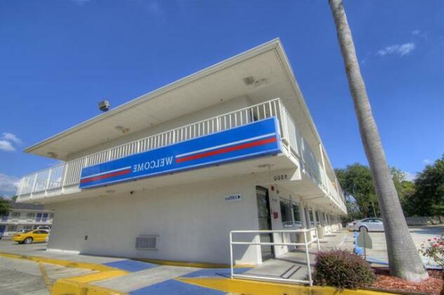Motel 6 Orlando - Winter Park- Photo3