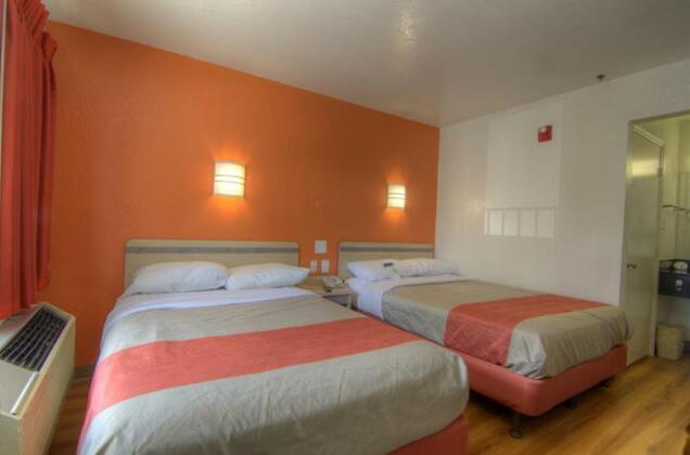 Motel 6 Orlando - Winter Park- Photo4