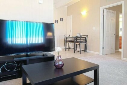 301 2 Clean & Cozy 1br/1br Business And Travel Ready