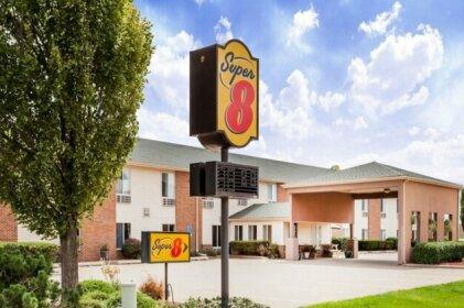 Super 8 by Wyndham Pekin Peoria Area