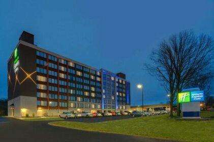 Holiday Inn Express & Suites Ft Washington - Philadelphia