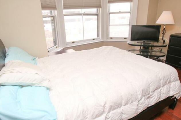 Luxury 2 Bedroom By Rittenhouse- Photo4