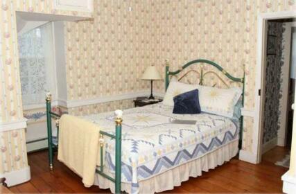 Limestone Inn Bed and Breakfast