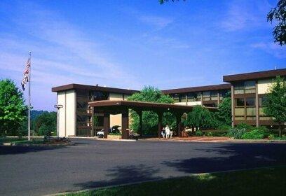 Pipestem Resort State Park Lodge