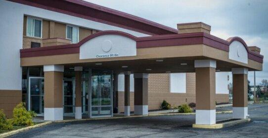 Red Roof Inn & Suites Piqua - I-75
