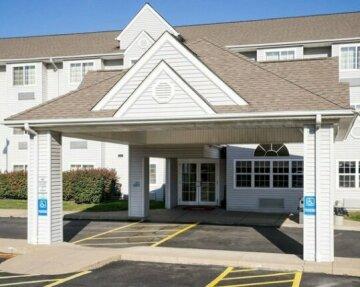 Microtel Inn & Suites by Wyndham Pittsburgh Airport
