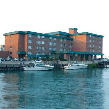 Holiday Inn Harborview-Port Washington