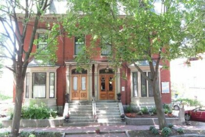 Inn on Carleton