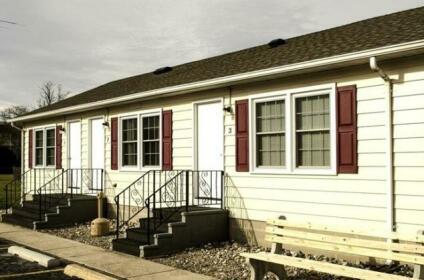 Driftwood Efficiency Motel