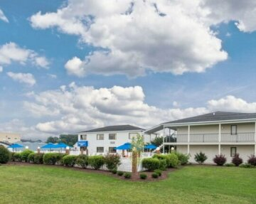 Rodeway Inn & Suites - Rehoboth Beach
