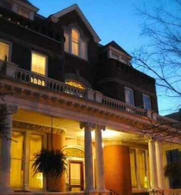 Grace Manor Inn