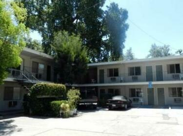 Welcome Grove RV & Motel