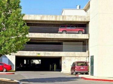 Downtown Condo Near Convention Center Disability Access