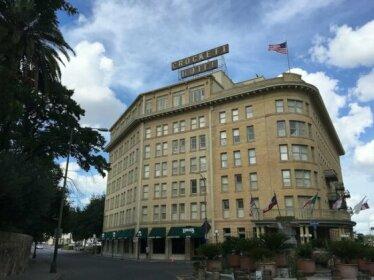 The Crockett Hotel