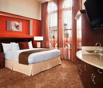 The Emily Morgan Hotel - a DoubleTree by Hilton