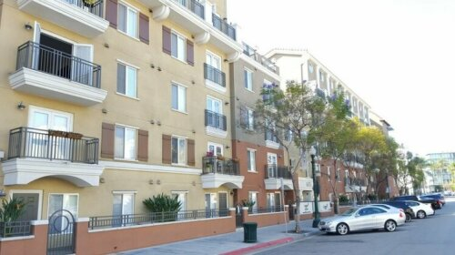 Close to Gaslamp and Convention Center