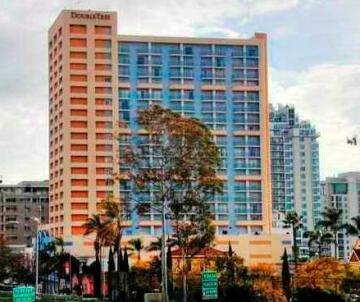 DoubleTree by Hilton San Diego Downtown