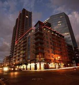 SuiteAmerica Allegro Towers