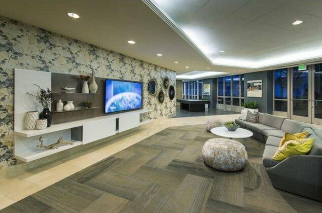 Global Luxury Suites at Beale Street- Photo2