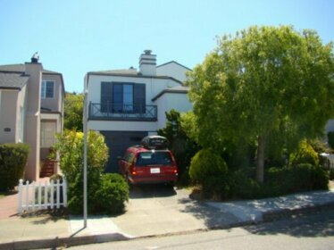 Homestay in Ingleside Terrace near San Francisco State University