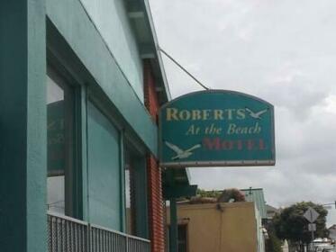 Roberts At The Beach Motel
