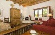 Alma Compound Casita 1 Bedroom Walk to Plaza Fireplace WiFi Sleeps 2