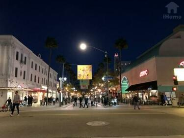 Fabulous Apt Walk to Santa Monica Beach 17