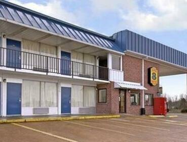 Super 8 Motel - Sardis