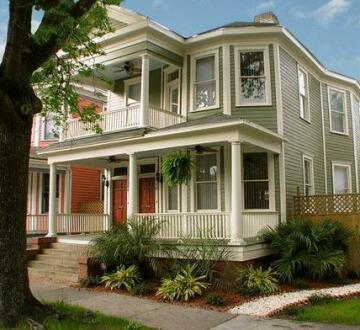 Savannah Dream Vacations - 506 East Waldburg Street