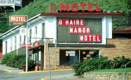 O'Haire Manor Motel and Apartments