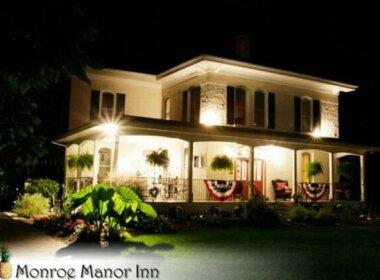 Monroe Manor Inn